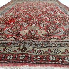 "Sarough - 149 x 110 cm.  – ""Persian carpet in beautiful condition"" - With certificate."