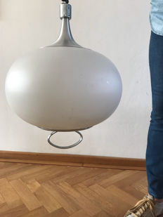 Unknown designer – Pendant light with an adjustable height.