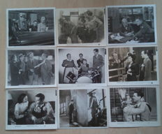Vintage Movie photos / stills / lobby cards - Over 300 movie stills photos from movies and moviestars from the 1940s – Humphrey Bogart, Charles Chaplin, Claudette Colbert, Kirk Douglas, Mickey Rooney
