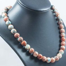 Agate necklace with 18 kt gold – 45 cm