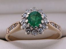 Certified gold cocktail ring with diamonds & emerald – 0.53 carat in total **No Reserve**
