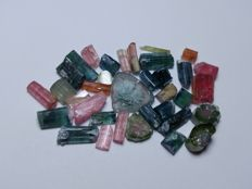 Collection of natural crystals tourmaline- 61.6 ct.