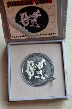 Niue – 2 dollars 2017 'Mickey Mouse – Steamboat Willie' black ruthenium gilded – 1 oz silver