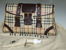 Burberry - Handbag including dust bag and maintenance spray