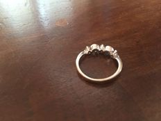 White gold ring with 5 diamonds (0.50 ct) – size 11/12