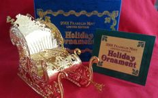 "Franklin Mint Christmas tree ornament  ""the golden horse-sleigh"""