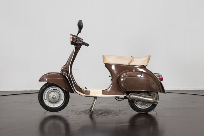 piaggio vespa 125 primavera coca cola 1976 catawiki. Black Bedroom Furniture Sets. Home Design Ideas