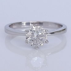 0.90ct Round Diamond Solitaire Ring, 18 kt White Gold - size 6,25