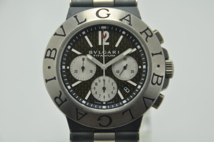 Bvlgari Diagono Titanium Chronograph Automatic Carbon Fiber Dial Ref. TI 44 TA CH - Men's Watch
