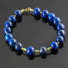 Lapis Lazuli and Emeralds bracelet  – Length 22.5 cm, 18kt/750 yellow gold clasp
