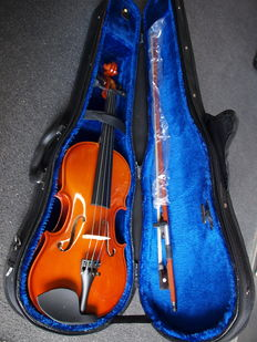 New practice violin 3/4, including solid Gewa case, bow and rosin