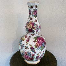 Beautifully decorated porcelain Boch Keralux vase