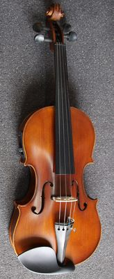 New electro-acoustic violin 4/4, complete with case, bow and rosin
