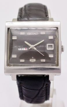 Seiko 5 Automatic 21 Jewels Men's Wrist Watch - circa 1960
