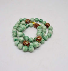 Vintage grade 'A' jadeite beads necklace ca: 1920's