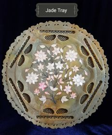 Rare carved hard stone / Jade tray with mother of pearl - 39 cm diameter 8 mm thick - 1520 gm