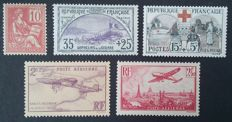 France 1900/1930 – Selection of 5 stamps – Yvert No. 116, 152 and 156, and PA 7 and 11