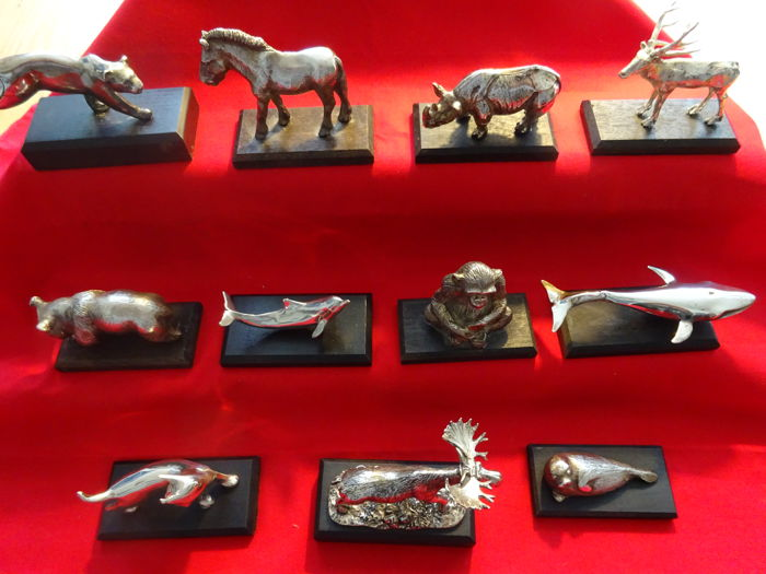 Heavily silvered animals, 11 pieces, late 20th century