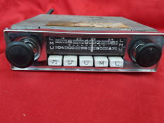 1960s/70s car radio Blaupunkt, type Essen