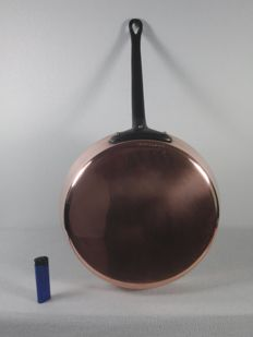 1 Large French heavy copper pan - frying pan - 28 cm - 1.8 kilos