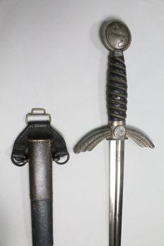 Sword for officer of the Luftwaffwe first model in white metal