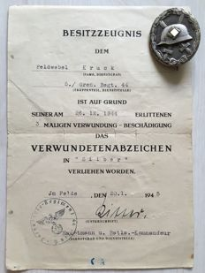 Third Reich - Badge of Honour: Wounded badge for the army in silver and certificate to the wound badge in silver, 1945