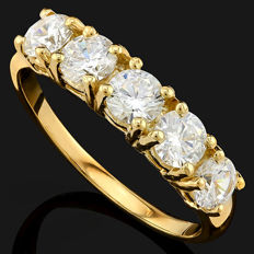 14KT Solid  Gold Ring with moissanites  - US size 7.5