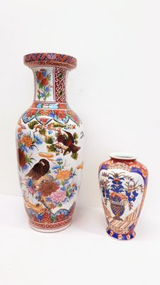 Two vases / floor vase Chinese style - China/Euorpe - late 20th century