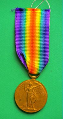 1914-1918 Allied medal. Awarded to S4-070129 PTE.C.W.H. GROOM. A.S C