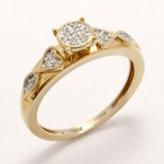 14 kt Yellow Gold 0.15 ct Diamond Ring  ,  Size: 6