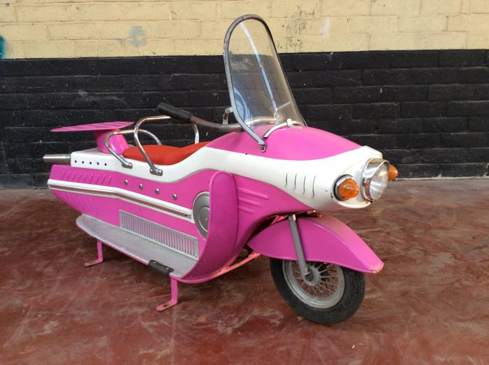 Autopède fairground space scooter from the year 1973