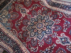 A charming old rug 200 x 300