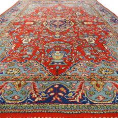 "Romanian carpet - 159 x 115 cm.  - ""Oriental rug in beautiful condition"" - With certificate."