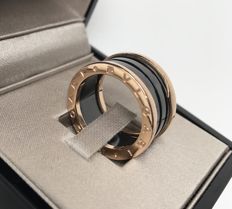 "Bulgari - ""B.Zero1"", Gold and black ceramic ring - Size 54"