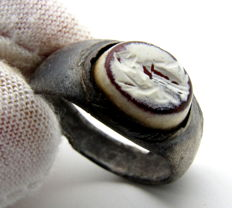 Rare Ancient Roman Silver Intaglio Seal Ring with Stone - Engraved Warrior - 17 mm / 5 grams