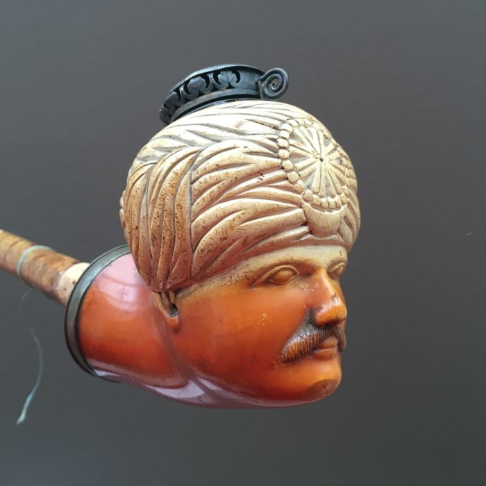 "Large figural meerschaum pipe, ""Arab with turban"" - Austro-Hungary, ca. 1850"