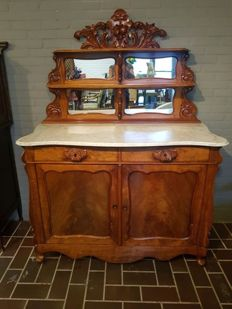 A Willem III mahogany buffet with mirror - The Netherlands - circa 1860