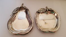 Two silver dishes, apple pear