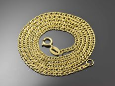 18k Gold Necklace. Chain. Length 45.5 cm.