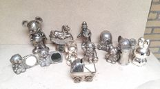 "Collection metal silver plated (children's) piggy banks - ""various designs"" - 28 pieces"