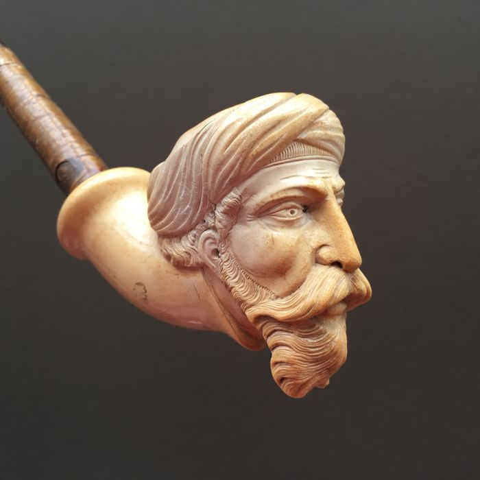 "Large figural meerschaum pipe, ""Arab with turban"" - Germany, ca. 1880"