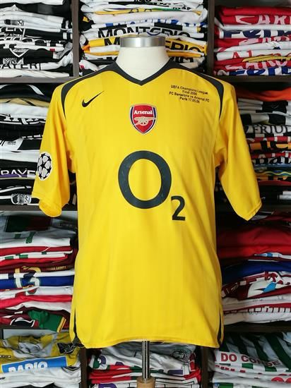 Arsenal / Henry Champions League final shirt 2006; FC Barcelona vs Arsenal.