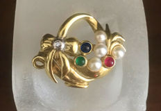 Brooch flower basket with natural ruby, emerald, sapphire and diamond - brilliant made of 375 / 9kt gold circa 1965