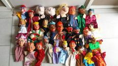Collection of 29 handpuppets