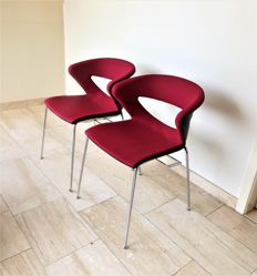 "Kastel – Two designer chairs ""Kicca"" – with connection feature"