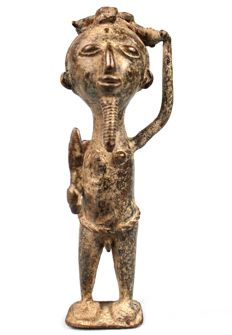 Hunter made of Bronze - BAULE - Cote d'Ivoire