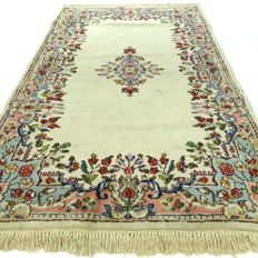 Kerman - 158 x 87 cm.