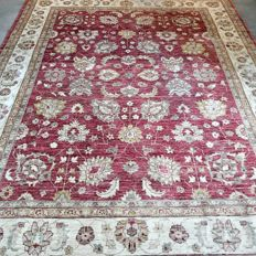 Stunning XL Ziegler Persian carpet – 280 x 220 – very good condition – with certificate