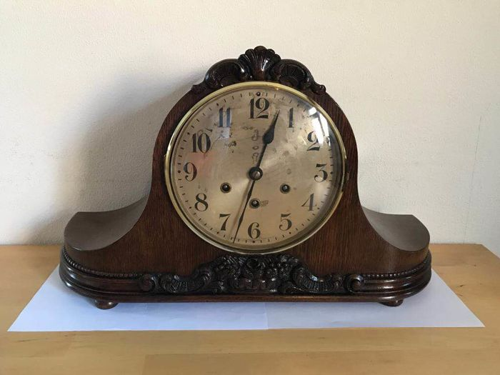 English Westminster Mantlepiece clock, from the 1930s