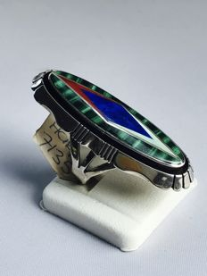 Navajo women's ring with malachite, lapis lazuli and precious coral.